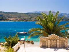 13_Yacht-and-palm-tree-by-Mediterranean-beach.-Samos-Island,-Greece.