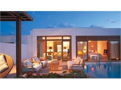 Junior Presidential Villa Seafront with Private Heated Pool & Garden