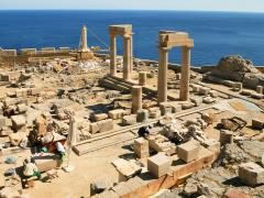 04_Archeology-site-in-Lindos-(Rhodes,-Greece)