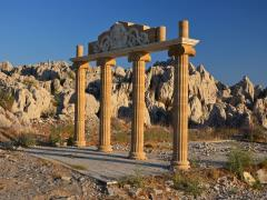 19_Ancient-parthenon-at-sunset-time,-Rhodes-island