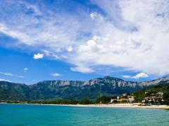 48_View-of-golden-beach-and-the-mountains-behind-on-the-greek-island-of-thassos